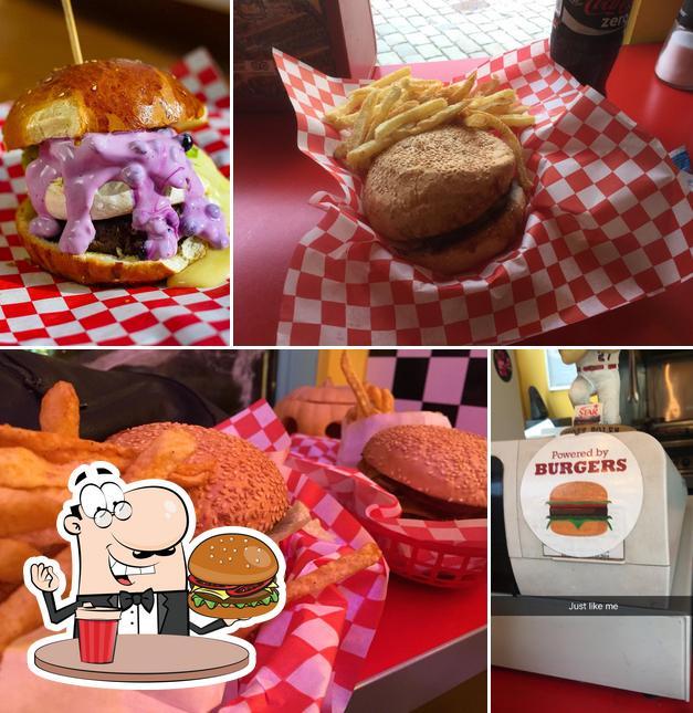 Tómate una hamburguesa en California Burger