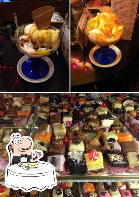 Caffè del Corso serve un'ampia selezione di dolci