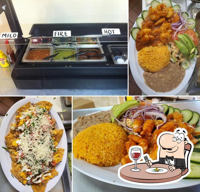 Food at Cocina Dona Chuyita