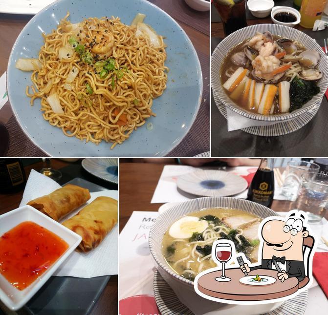 Meals at MENJA'M JA
