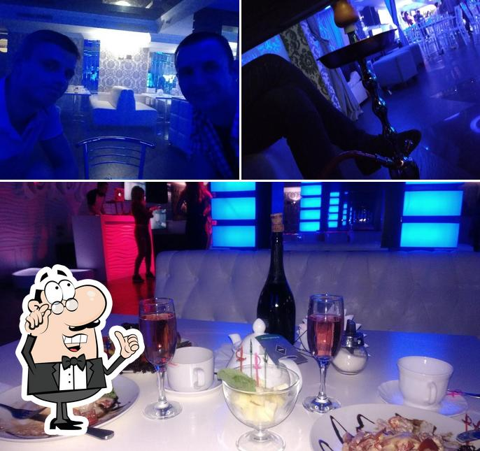 Симферополь ночной клуб кокос официальный сайт состав хоккейного клуба динамо москва 2013