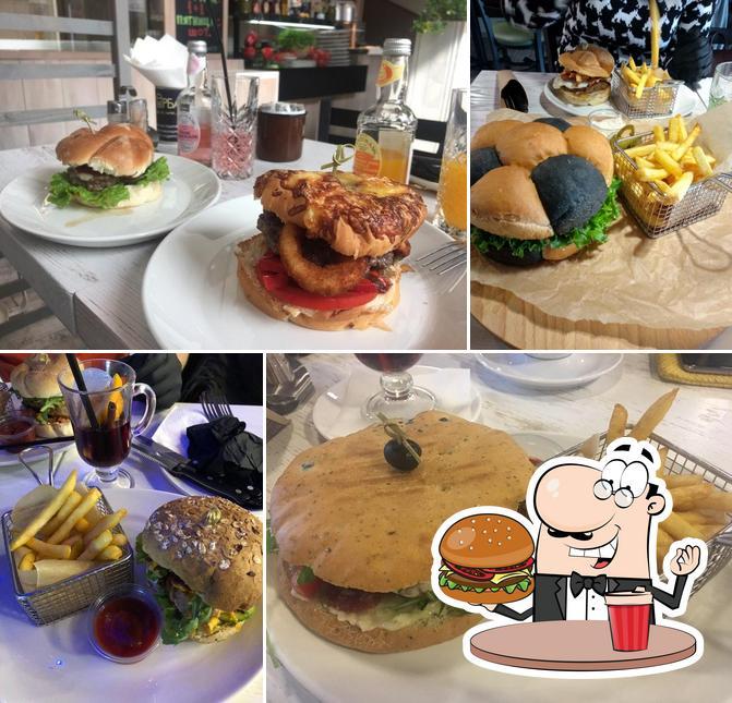 Tómate una hamburguesa en Burgerbar