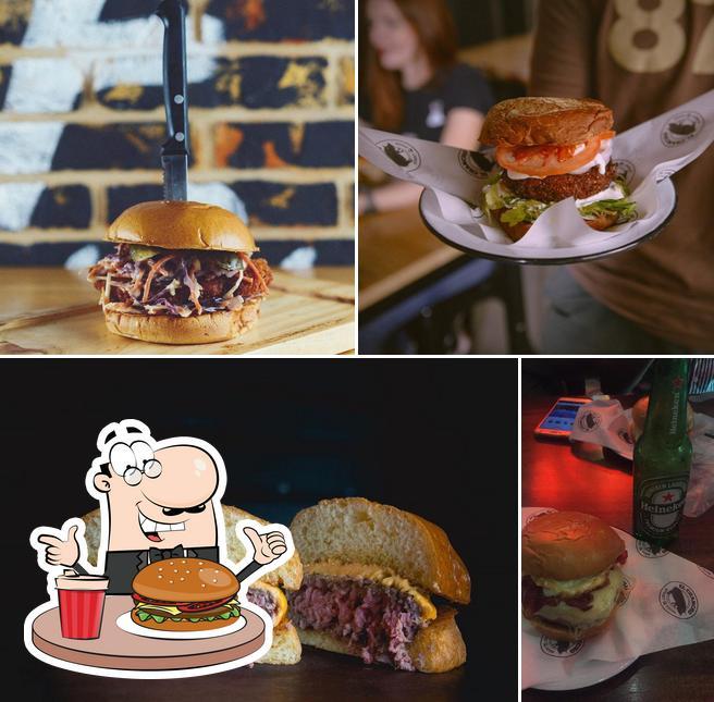 Order a burger at El Chancho