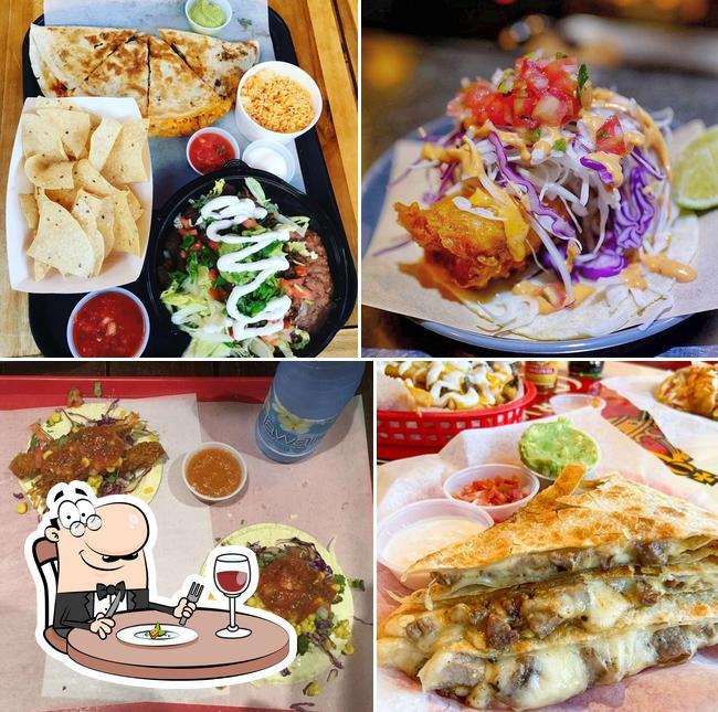 Блюда в Surf N Turf Tacos