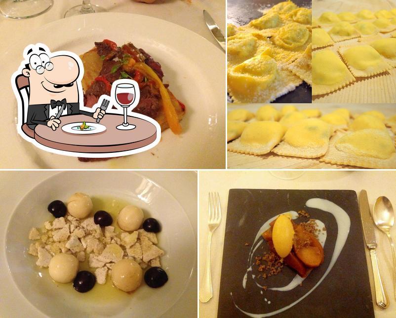 Meals at Trattoria Antichi Sapori