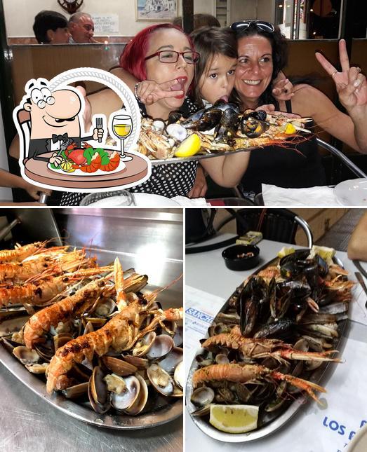 В Bar los Prados 2 вы можете отведать разнообразные блюда с морепродуктами