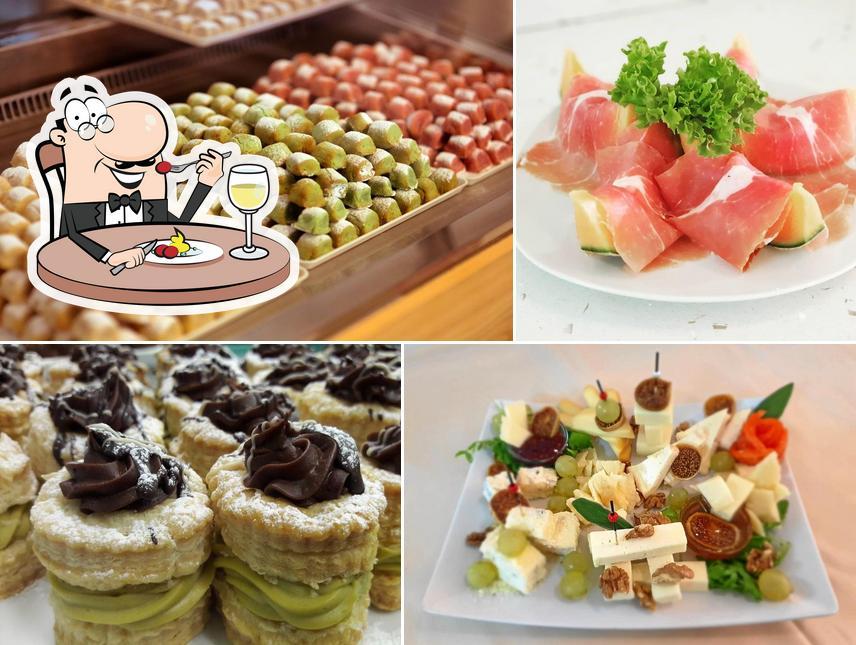 Comida en Café Restaurant Angolo Dolce