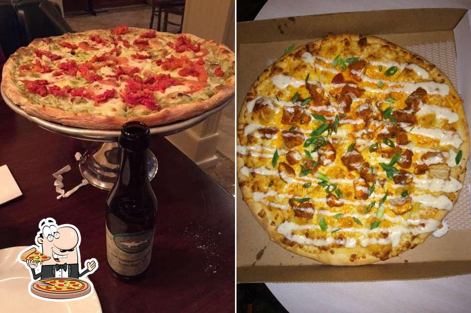 Pick pizza at New York Pizza Pub