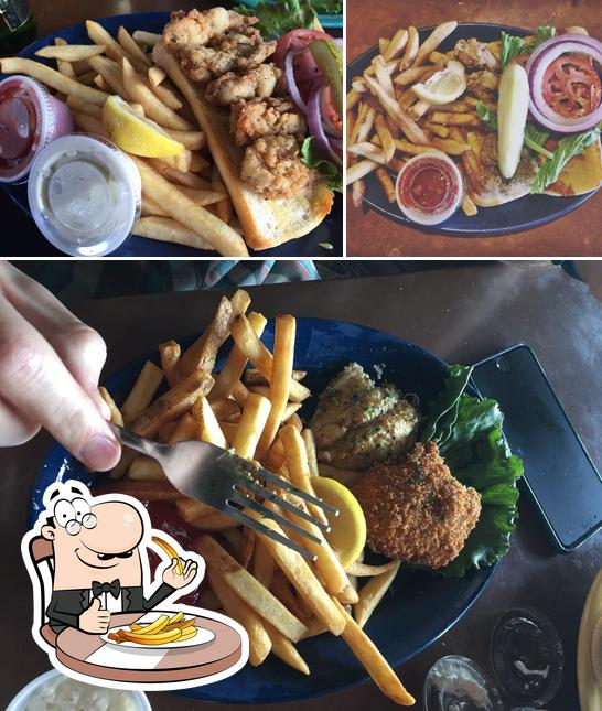 Order fries at Virginia's on the Bay