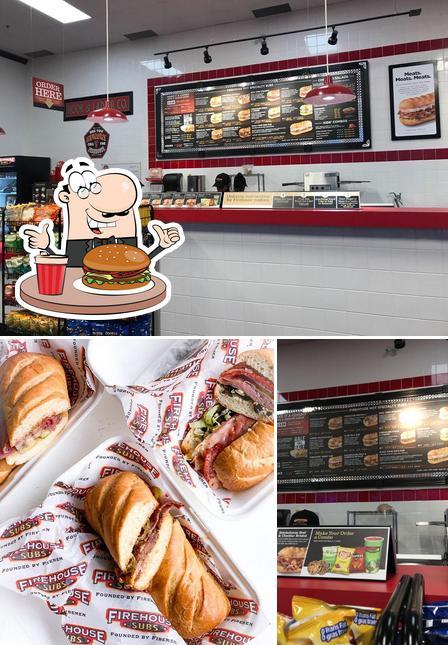 Pide una hamburguesa en Firehouse Subs