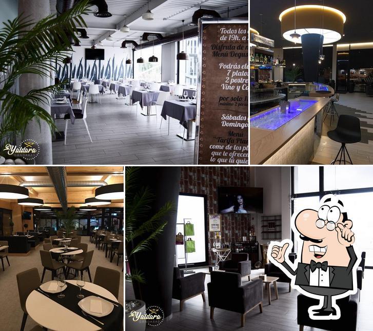 El interior de Restaurante Cafetería Yaldara