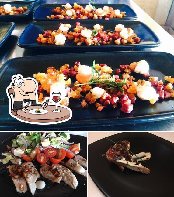 Platos en Restaurante Cafetería Yaldara