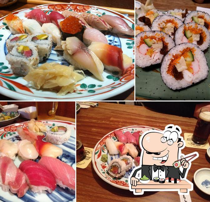 Kostet verschiedene Sushi-Optionen