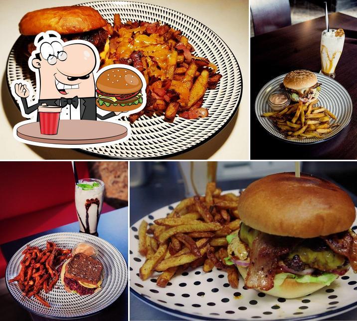 Закажите гамбургеры в Ossu Burger