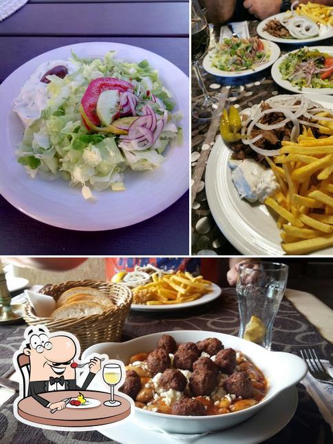 Gerichte im Rhodos