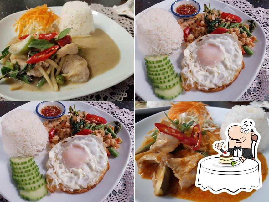 Yod Siam Thai Cuisine serves a range of sweet dishes