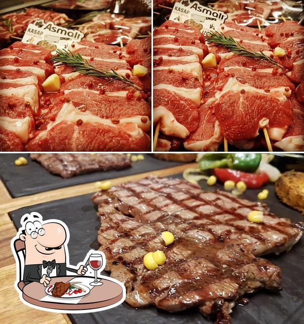 Закажите мясные блюда в Asmalı Kasap & Izgara