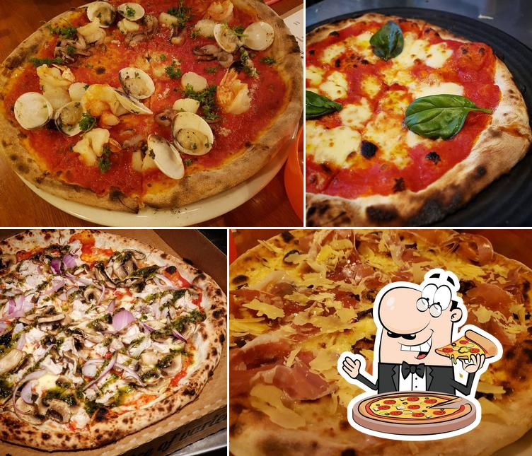 Order pizza at Woodpeckers