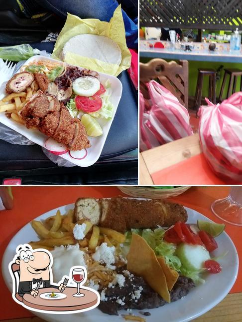 Food at Alebrije