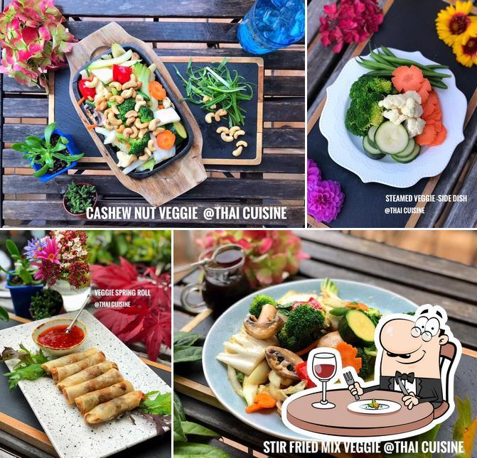 Food at At Thai