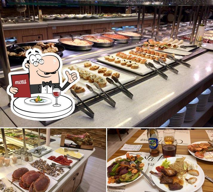 Meals at Costa Buena