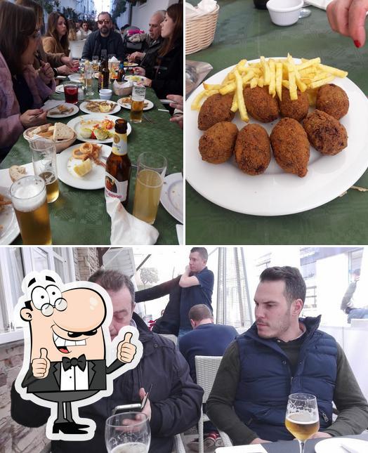 Aquí tienes una foto de Taberna El Moniato Y Cafetería Churreria El Moniato