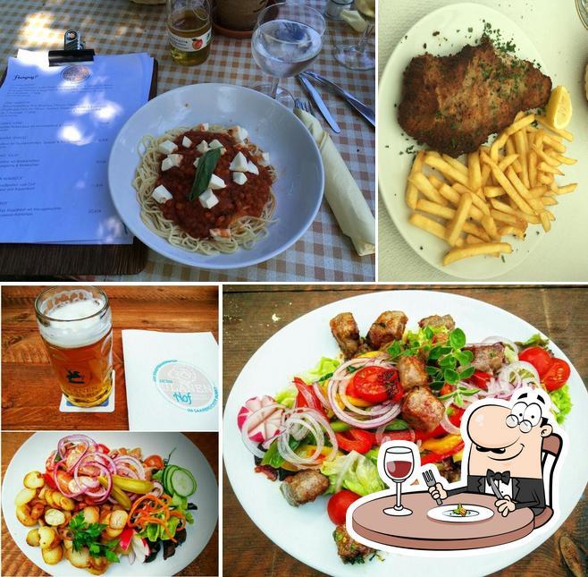 Essen im Ulanen Hof