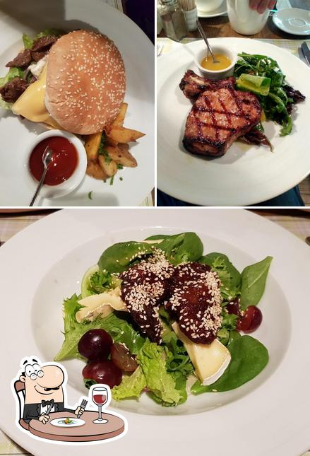 Food at Very Well Cafe
