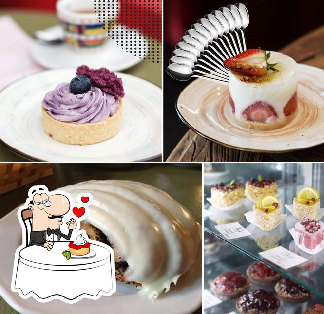 Бизе provides a variety of sweet dishes