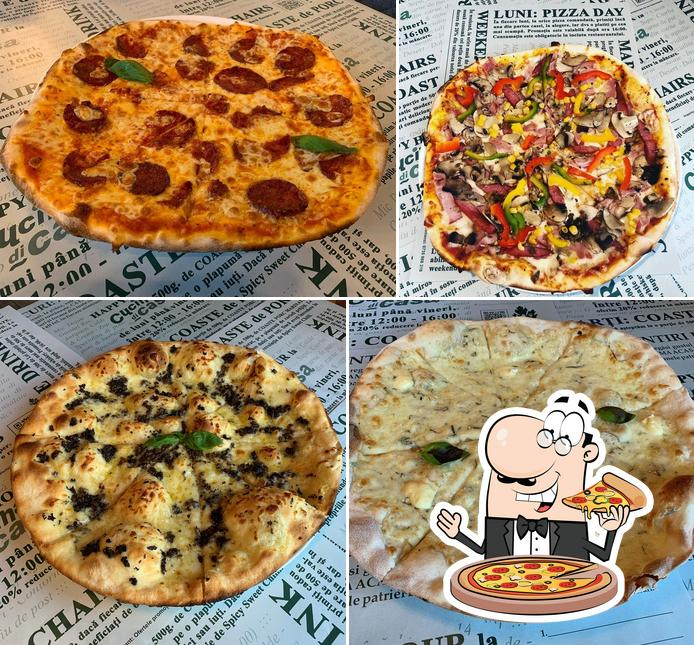 Try out pizza at Cucina di casa
