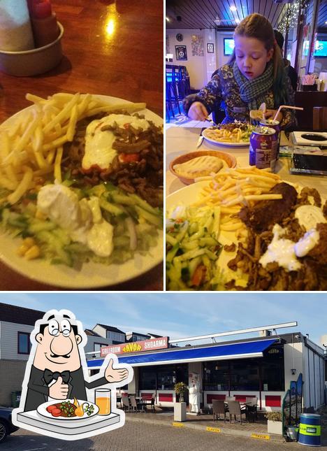 Food at Grillroom Tavor