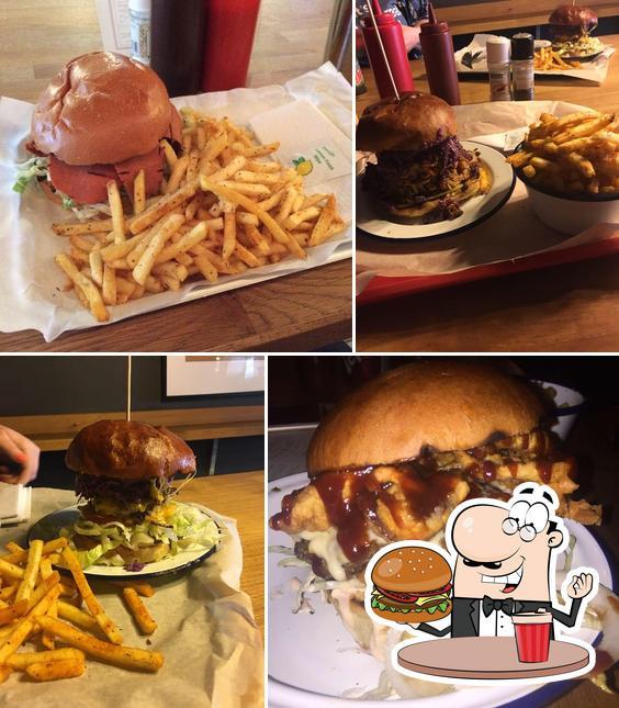 Order a burger at Dennistoun Bar-B-Que