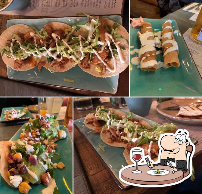 Food at Topolabamba
