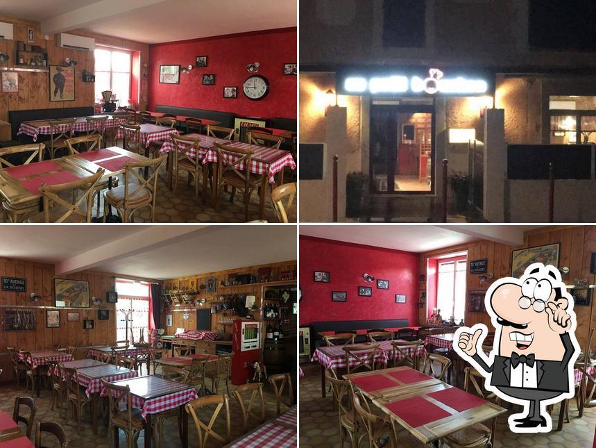 L'intérieur de Au Petit Bouchon