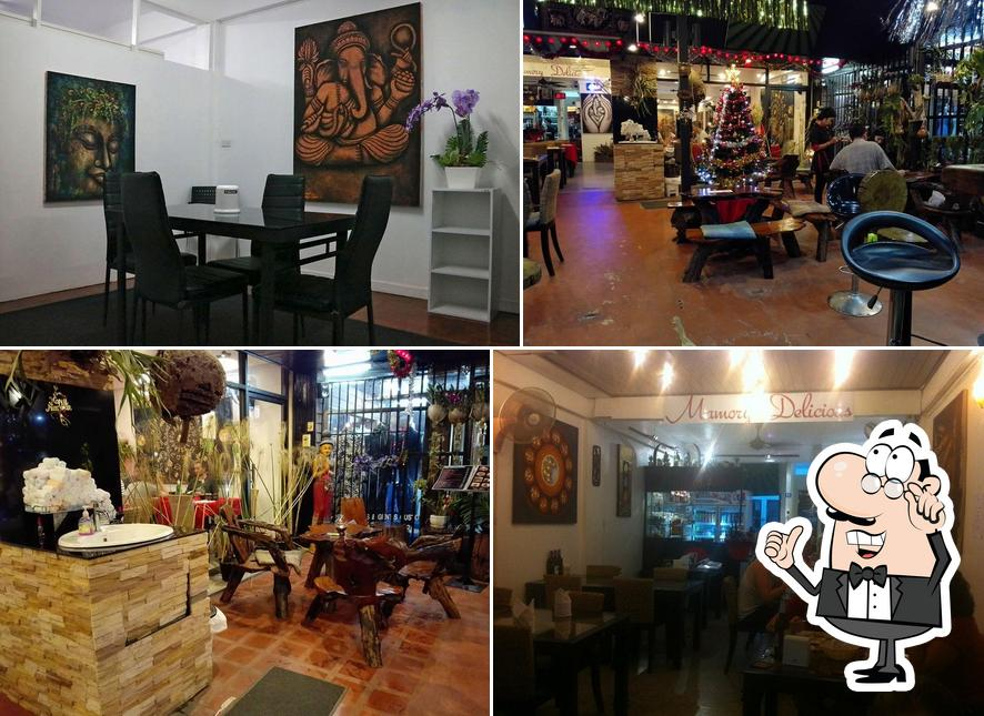 Check out how Mamory Delicious looks inside