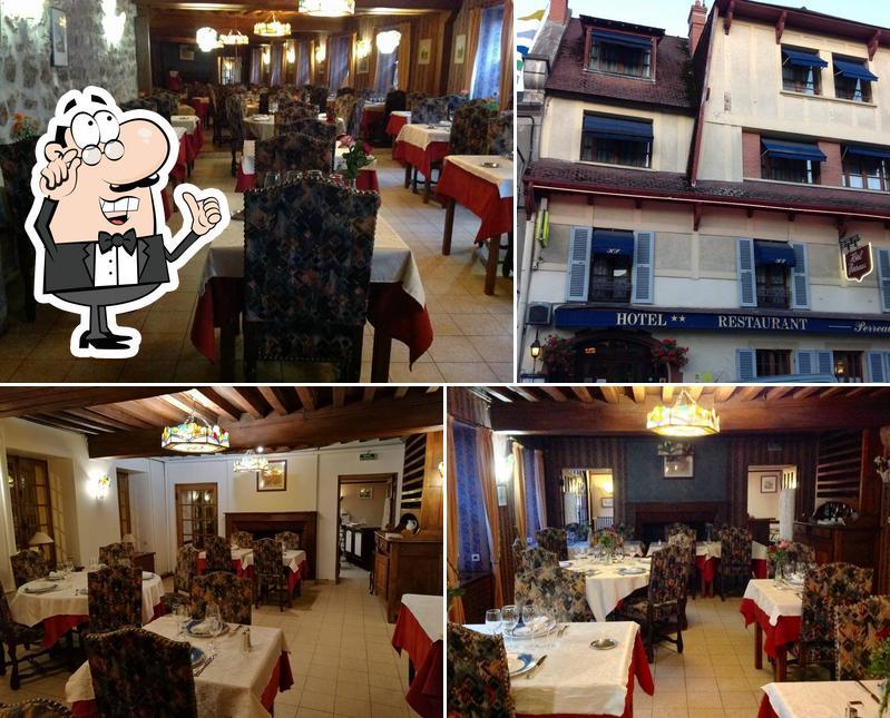 L'intérieur de Hôtel Restaurant Perreau