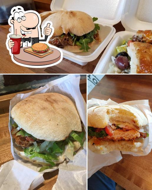 Попробуйте гамбургеры в Porchetta roll