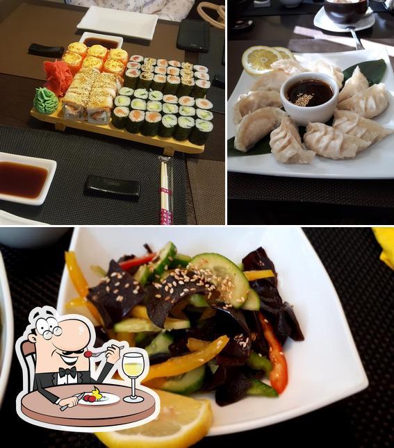 Еда в суши-бар МИНАКИ