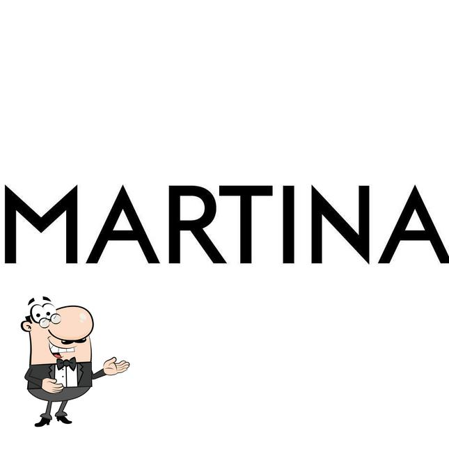 Here's a pic of Martina