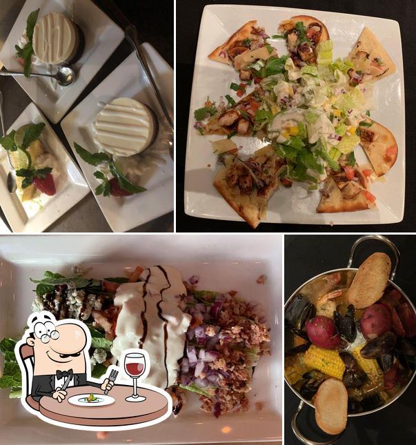 Food at Riviera Dunes Dockside