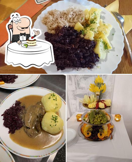 Bergbaude Albrechts bietet eine Mehrzahl von Desserts