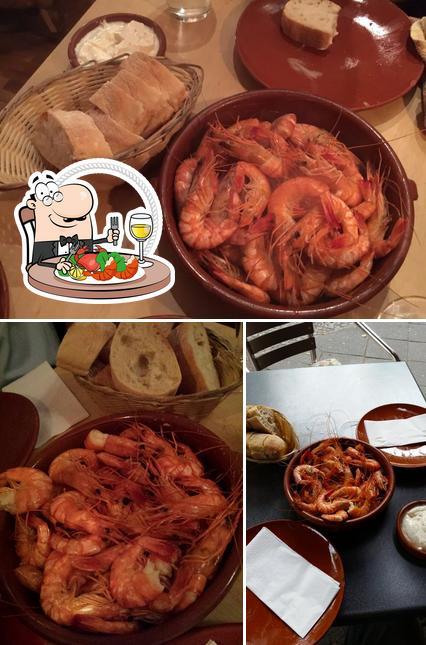 Order seafood at Vino y Mar