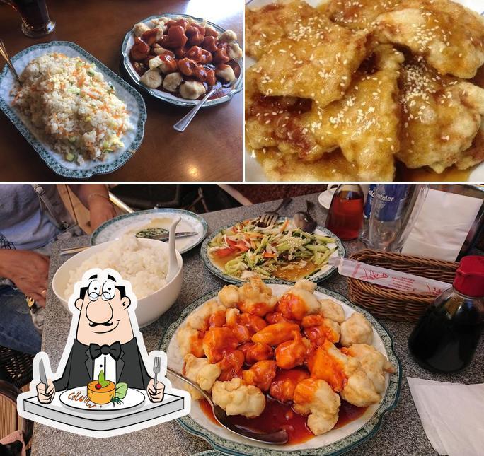 Essen im Otard'o baras