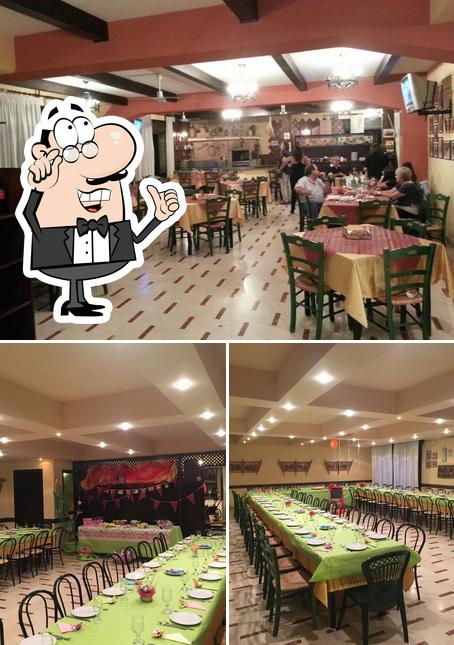 El interior de Trattoria Pizzeria Al Carretto