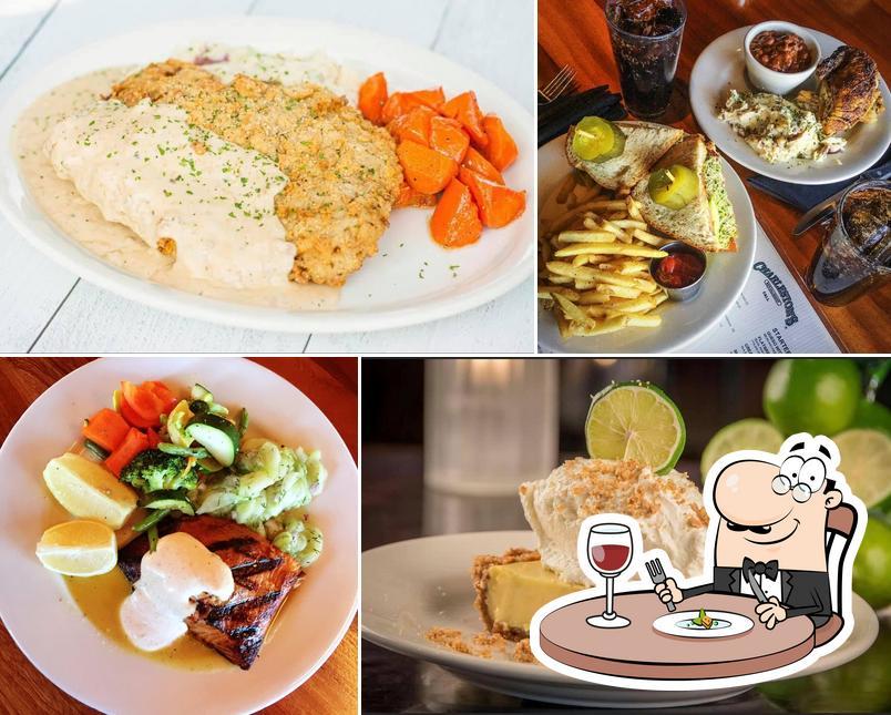 Meals at Charleston's