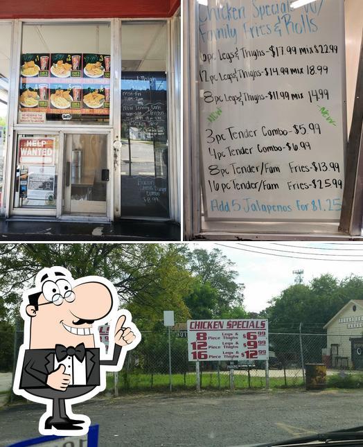 Photo of Che's Chicken & Burgers