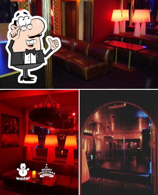 Die Inneneinrichtung von Nightclub Roxy-bar
