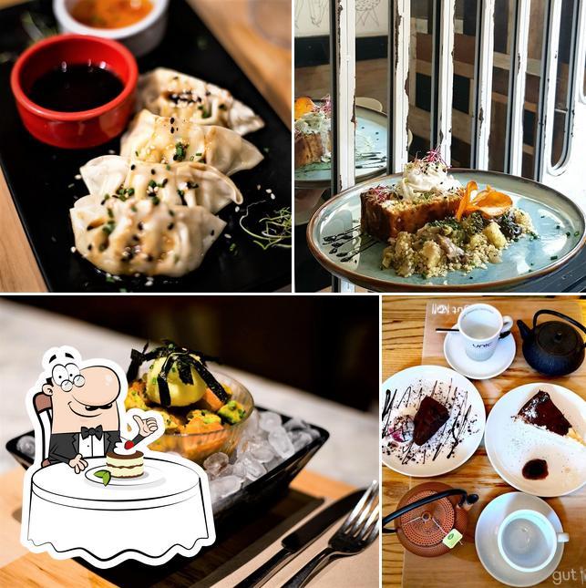 Restaurant gut provides a selection of desserts