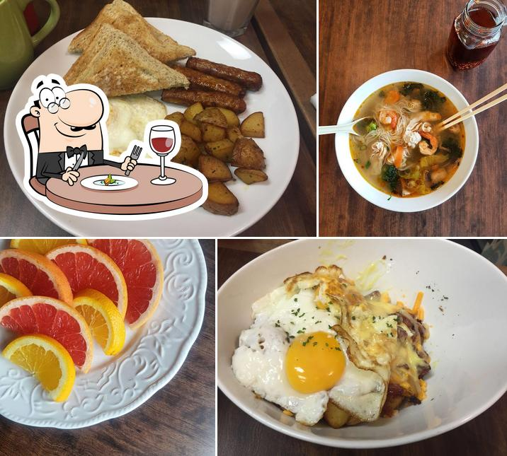 Meals at John's Breakfast & Lunch