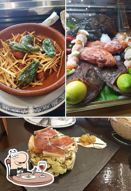 Comida en Restaurante La Ménsula II